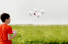 10 Advanced Small and Nano Drones of 2020 | Portable enough to fly almost anywhere!